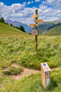 Abzweig zum Col de L'Aguillon